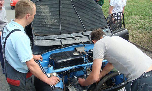 4 Pausaer Trabantrennen 2008 008