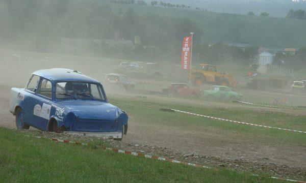 4 Pausaer Trabantrennen 2008 062