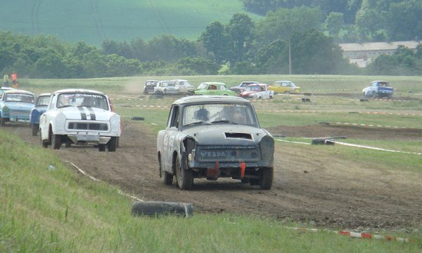 4 Pausaer Trabantrennen 2008 079