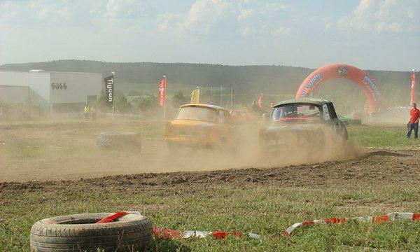 4 Pausaer Trabantrennen 2008 094