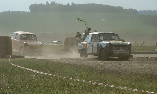 4 Pausaer Trabantrennen 2008 095
