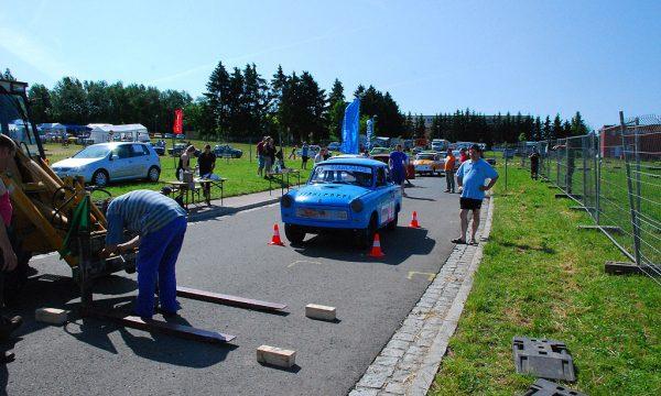 6 Pausaer Trabantrennen 2010 011
