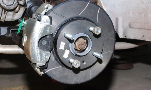Umbau Scheibenbremse Vorderachse Trabant 130